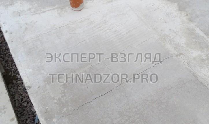дефект трещины в бетоне